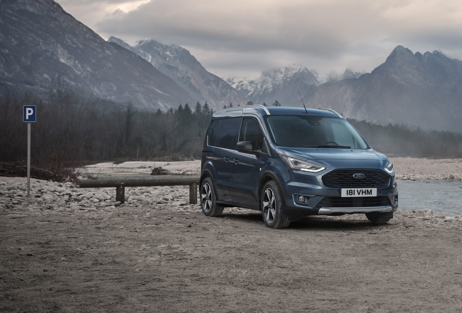 FORD_2020_TRANSIT_CONNECT_ACTIVE-01